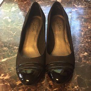 Non slip work shoes